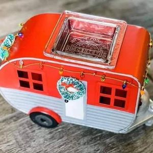 Have you seen the Christmas Camper Warmer? for Sale in Avondale, AZ