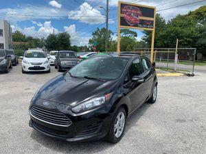 2014 Ford Fiesta SE Hatchback for Sale in Kissimmee, FL