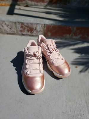 authentic Jordan 11 rose gold for Sale in St. Louis, MO