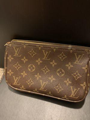 Louis Vuitton Hand bag for Sale in Phoenix, AZ