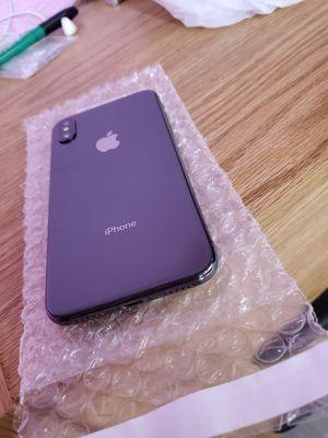iPHONE X 64GB UNLOCKED ATT, CRICKET, TMOBILE, METRO, VERIZON. PRICE IS Not NEGOTIABLE. STORE PICK UP ONLY.. for Sale in Atlanta, GA
