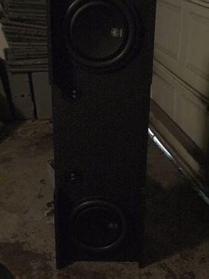 "2 12"" dB audio in a pro box 3000w amp and radio for Sale in Houston, TX"