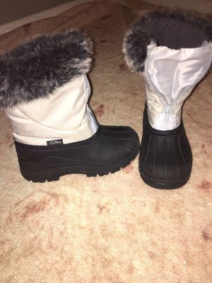 Snow boots kids size:13 for Sale in Philadelphia, PA
