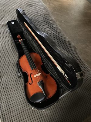NEW NEVER USED!!! Violin 🎻 Look 👀 Pictures for details $65.00 for Sale in Azusa, CA