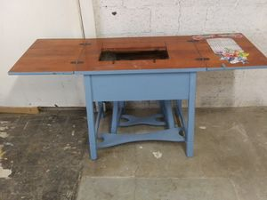 Sewing machine table for Sale in Wichita, KS