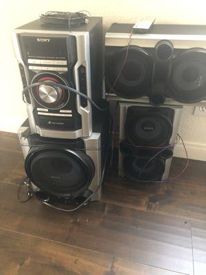 Sony stereo for Sale in Pomona, CA