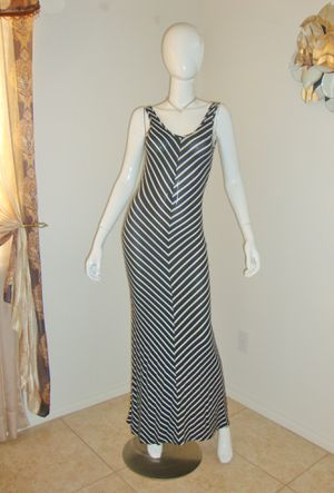 (FREE DELIVERY) black/white striped sleeveless dress (size S to M) for Sale in North Las Vegas, NV
