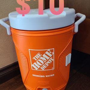 $10 LOCATED IN RANCHO CUCAMONGA CALIFORNIA 5 Gallon Water Cooler Dispenser for Sale in Rancho Cucamonga, CA