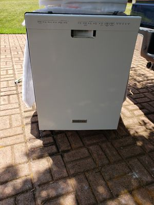 Kitchen aid dishwasher for Sale in Greenville, SC