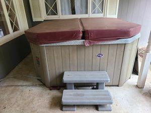 "Baja Spa Hot Tub 78""x78"" for Sale in Olympia, WA"