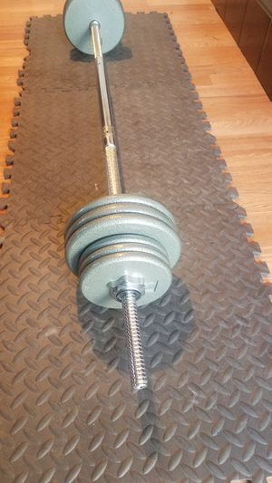 100lbs Iron weight set for Sale in Montebello, CA