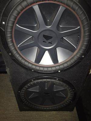 """2 """"15"""" inch sub woofers kickers comp still like new for Sale in Oakland, CA"""