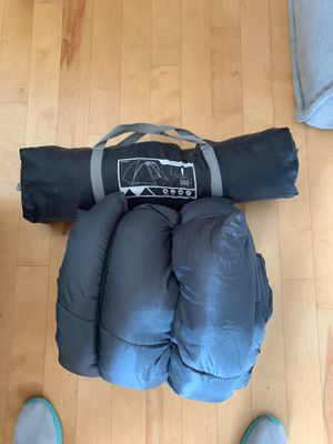 4 person tent and sleeping bag for Sale in Austin, TX