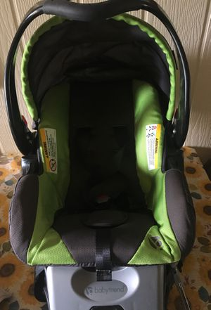 Baby trend infant car seat with base for Sale in Waianae, HI