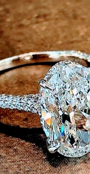 Stunning Sterling Silver Ring 💞🌹 for Sale in Hialeah, FL
