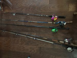Five fishing poles for Sale in Bowie, TX