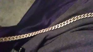 Gold Chain 4K for Sale in El Paso, TX