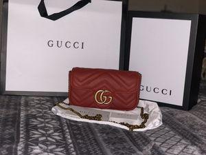 GUCCI GG Marmont matelassé leather super mini bag - hibiscus red chevron leather for Sale in Hacienda Heights, CA