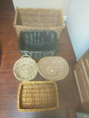 Assorted Baskets for Sale in Pittsburgh, PA