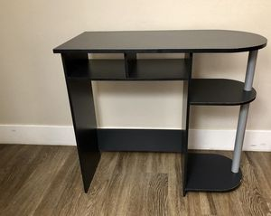 Cute small light weight desk. Great kids desk or for a small room. It also makes a great vanity, which is what it was used for for Sale in Foster City, CA