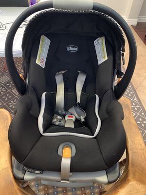Chicco infant car seat and base for Sale in Beaumont, CA
