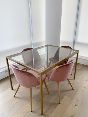 Dining Table and 4 Chairs for Sale in New York, NY