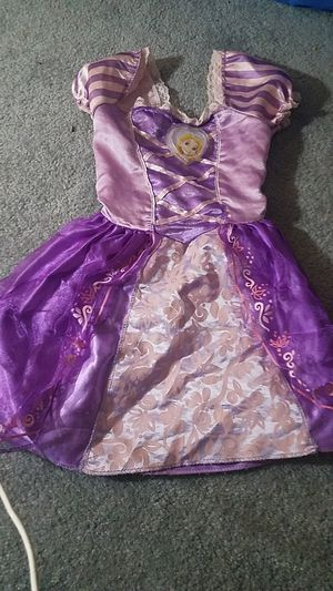 Rapunzel costume 2-4t for Sale in Oak Forest, IL