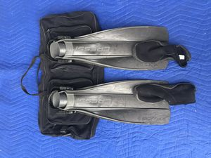 Cressi scuba/snorkeling fins for Sale in MARTINS ADD, MD