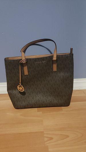 Michael Kors women's handbag for Sale in Wheaton, IL