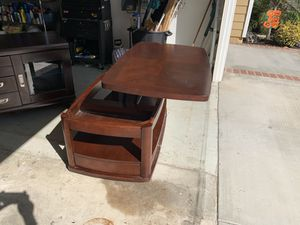 Tv stand and coffee table. Used in good condition. Best offer. for Sale in Fullerton, CA