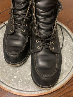 Red Wing Moc Toe Black harness 9075 Size 11 for Sale in Claremont,  CA