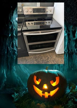 SAMSUNG STAINLESS ELECTRIC DOUBLE OVEN STOVE 220 VOLT for Sale in Santa Ana, CA