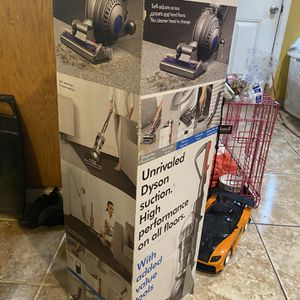DysonBall Animalpro Vacuum for Sale in Modesto, CA