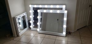 Vanity makeup mirror XL 36x42 for Sale in Rialto, CA