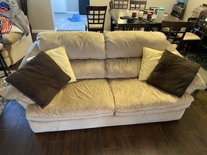 Sofa and loveseat for Sale in Gibsonton, FL