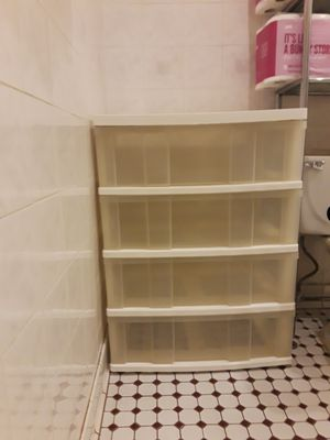 4-DRAWER WIDE PLASTIC STORAGE SYSTEM for Sale in Queens, NY