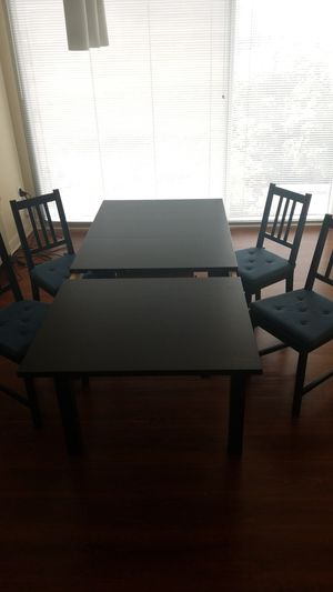 IKEA Bjursta extendable table with chairs for Sale in Atlanta, GA