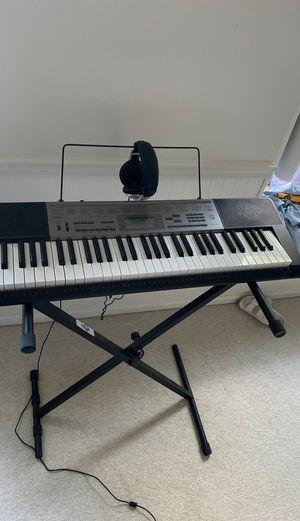 Casio keyboard with headphones for Sale in Lenexa, KS