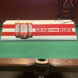 Collectible Pool Table Bar Light Budweiser, Grab Some Buds for Sale in Rancho Cucamonga, CA