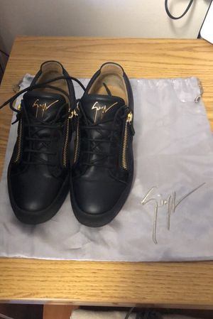Guiseppe zanotti for Sale in PA, US
