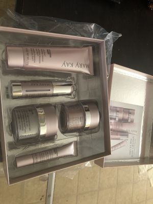 Mary kay for Sale in Nuevo, CA