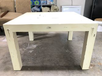 Farmhouse Dining Table New price! for Sale in Dade City,  FL