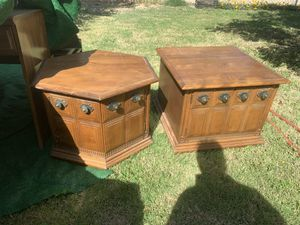 Set of 2 solid wood end tables for Sale in Kerman, CA