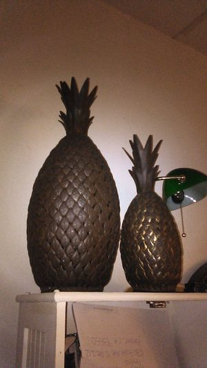 Pineapple home decor for Sale in Palmdale, CA