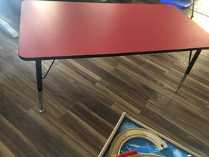 Kids classic lifetime desk for Sale in Rowland Heights, CA