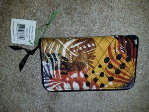 Vera Bradley Accordion Wallet for Sale in Lake Alfred, FL