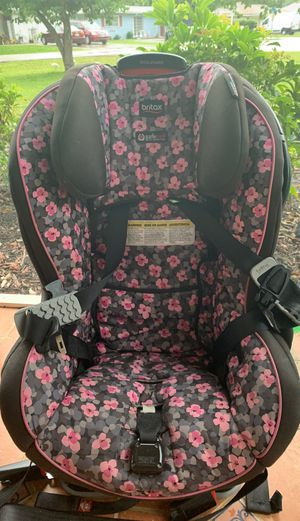 Britax car seat(fabric washable) for Sale in Fort Myers, FL
