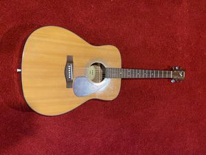 Yamaha F325 Acoustic Guitar (Strung For Lefty) for Sale in Upper Marlboro, MD