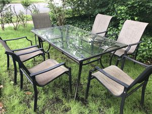 Outdoor patio furniture / dining set for Sale in Annandale, VA