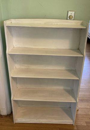 Bookshelf for Sale in Medley, FL